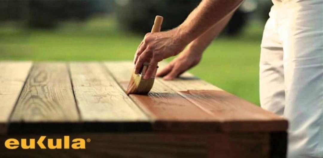 Čištění dřevěných teras