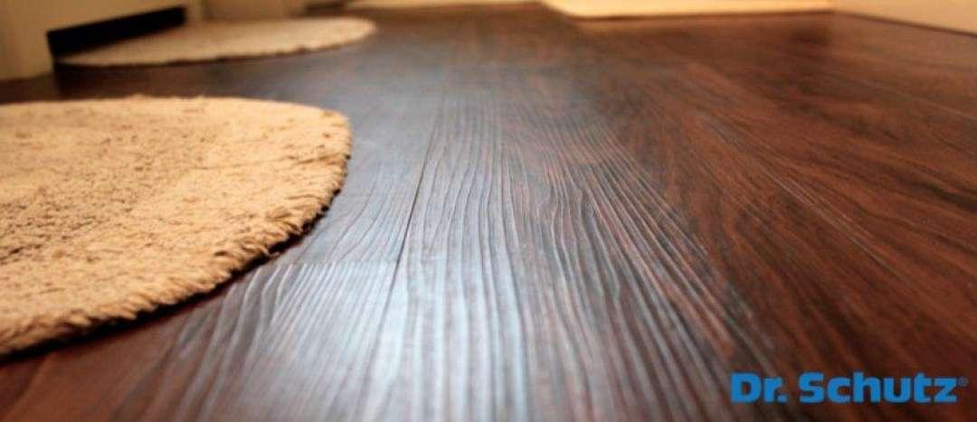 Čištění vinylových PVC podlah