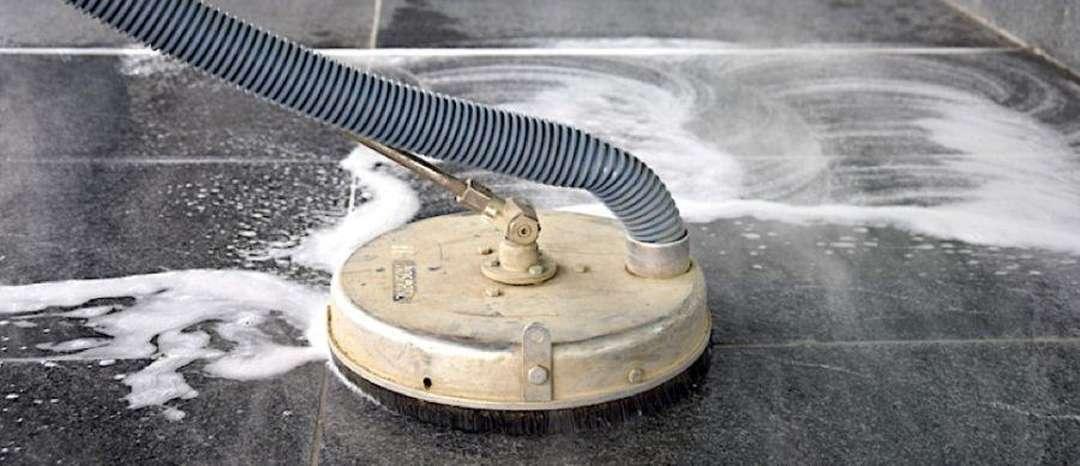 Čištění žulových podlah
