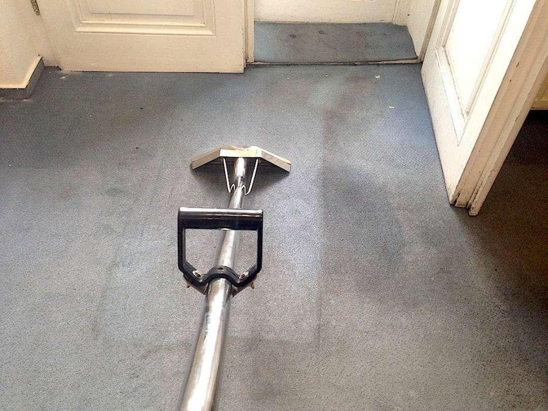 Mokré čištění koberců
